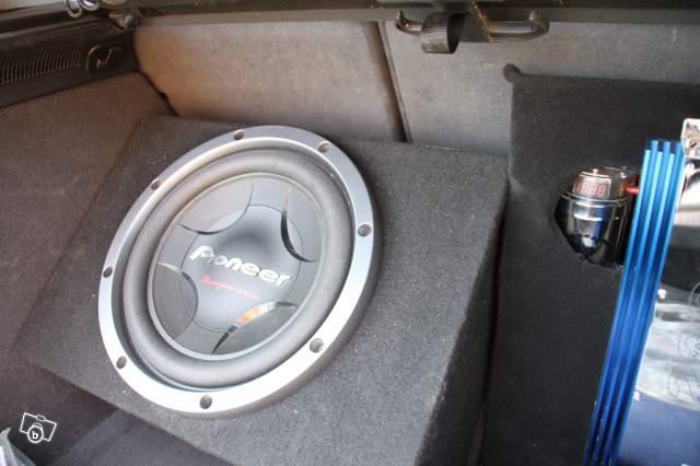 Subwoofer ajout avec Dynaudio 44463510
