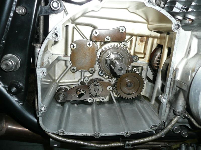 Mecanisme de selection de vitesse sur 1100 GSX EFE  P1130710