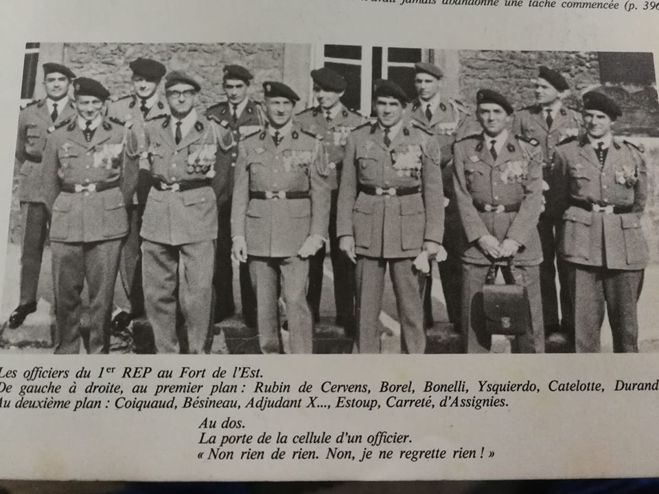 Une belle brochette d'officiers Of_210