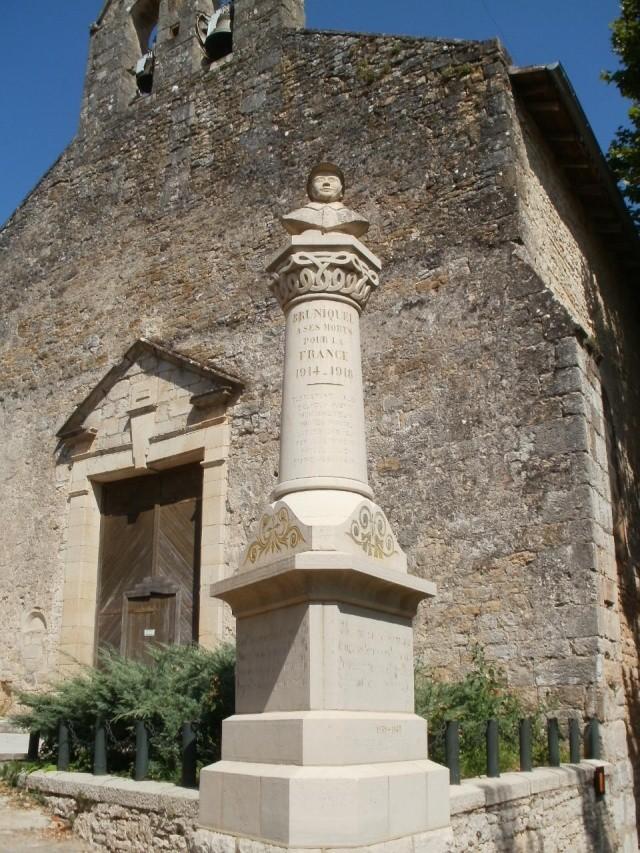 [Histoires et Histoire] Monuments aux morts originaux Français Tome 1 - Page 5 P7310810