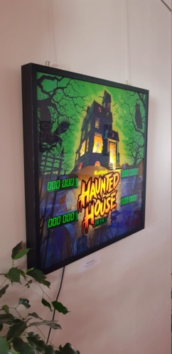 Une backglass Haunted House en déco 20190510