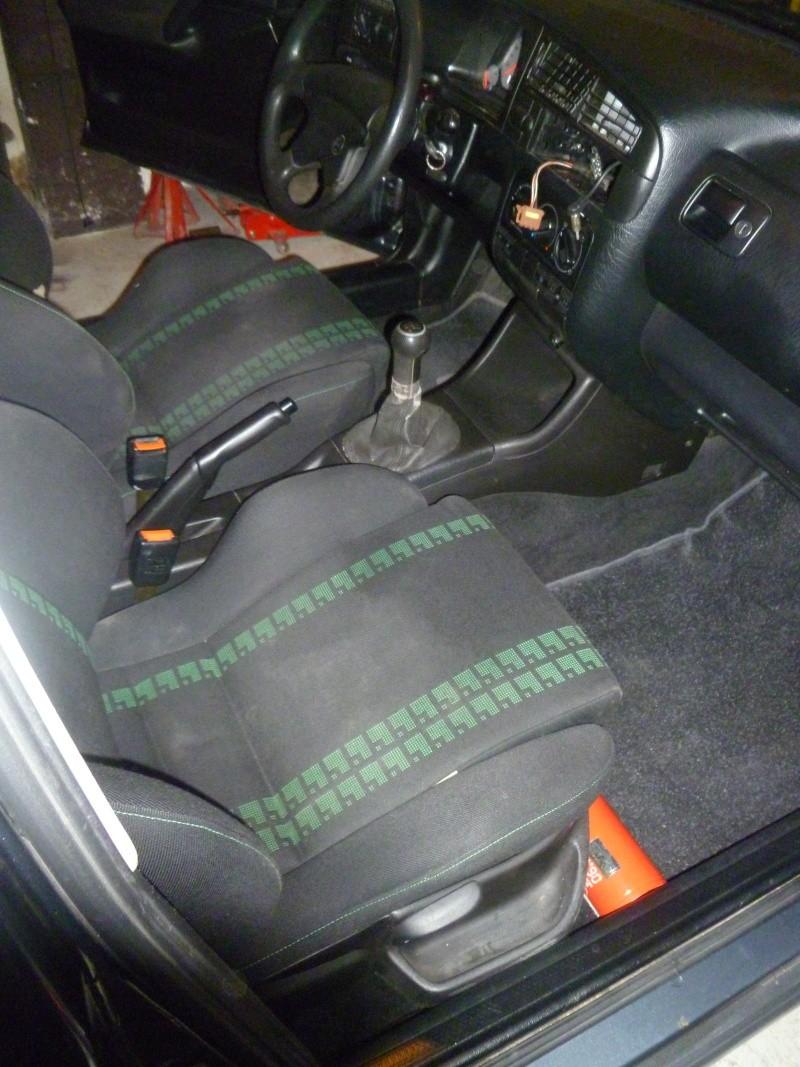Golf GTTDI 5 portes/Keskin KT1 Posée P1030953
