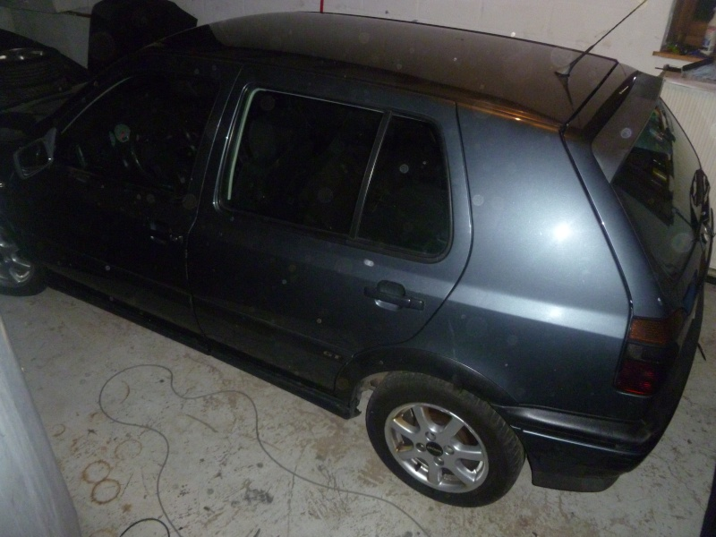 Golf GTTDI 5 portes/Keskin KT1 Posée P1030954