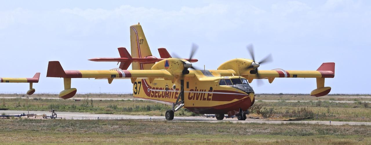 En JAUNE, ROUGE & BLANC, les aéronefs de la Sécurité civile en Corse en 2018. - Page 3 Img_1050