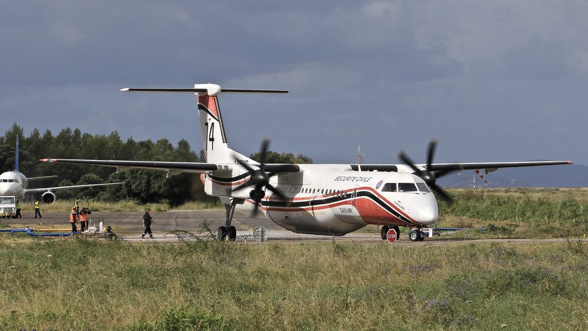 En JAUNE, ROUGE & BLANC, les aéronefs de la Sécurité civile en Corse en 2018. Img_7224