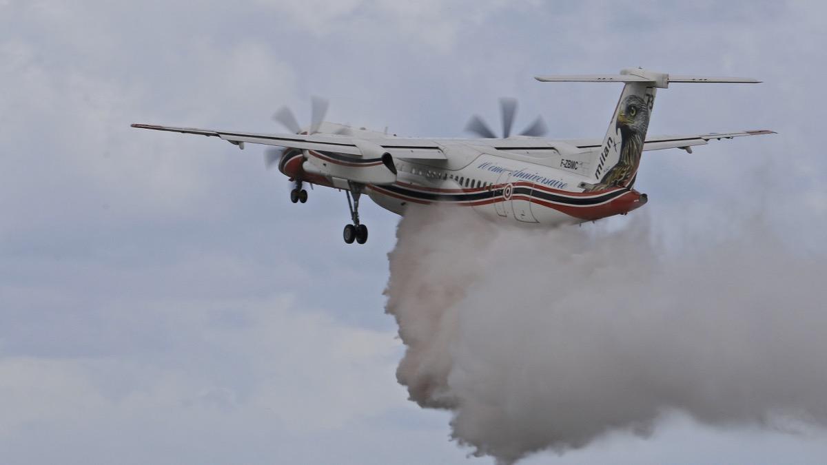 En JAUNE, ROUGE & BLANC, les aéronefs de la Sécurité civile en Corse en 2018. Img_7317