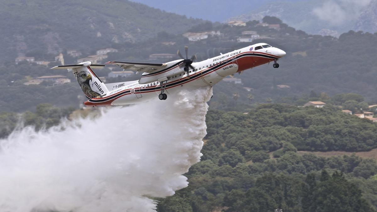 En JAUNE, ROUGE & BLANC, les aéronefs de la Sécurité civile en Corse en 2018. Img_7410