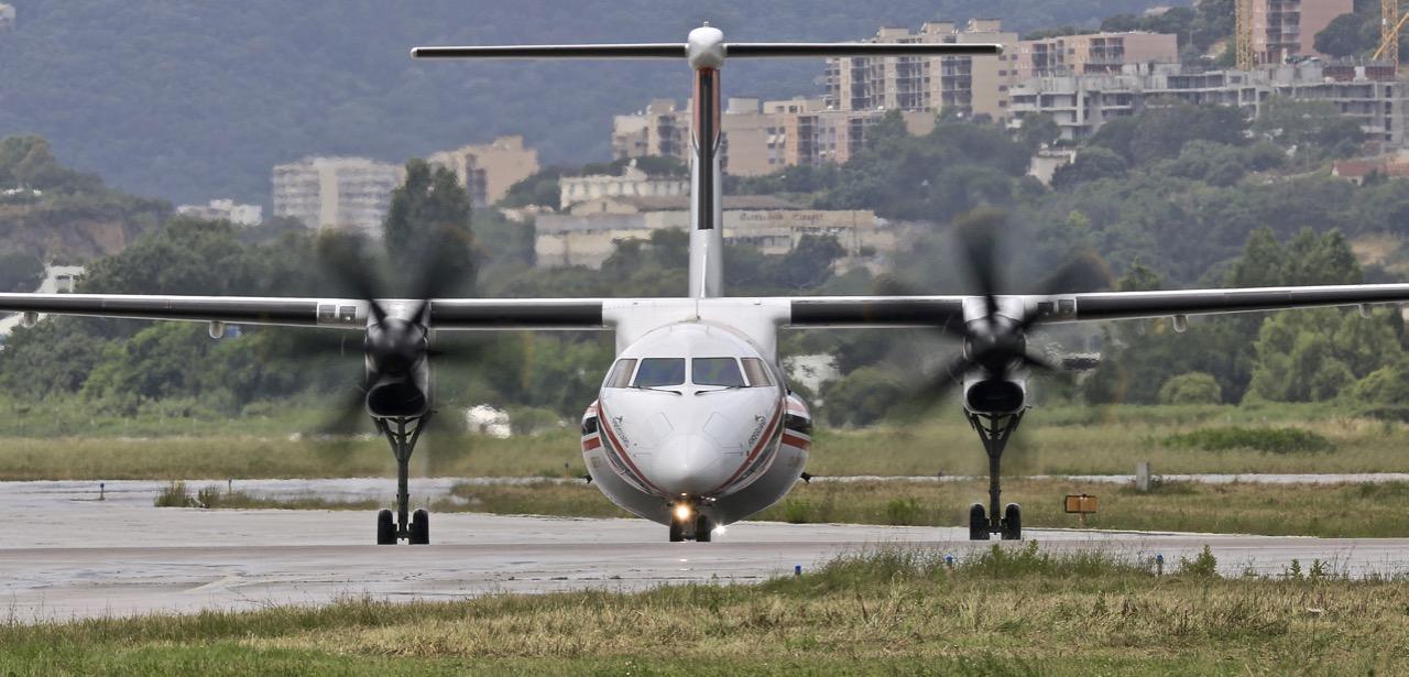 En JAUNE, ROUGE & BLANC, les aéronefs de la Sécurité civile en Corse en 2018. - Page 2 Img_7417