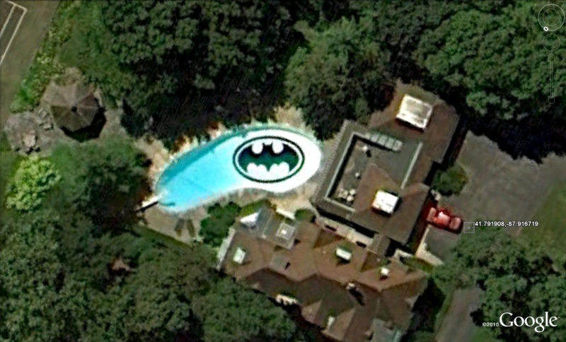 Les piscines du Monde découvertes avec Google Earth - Page 11 Bat10