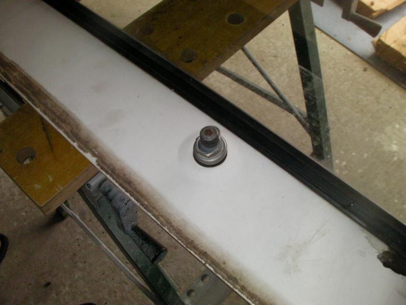 Comment retirer les essuies glace d'une baie de pare brise?  Sany0023