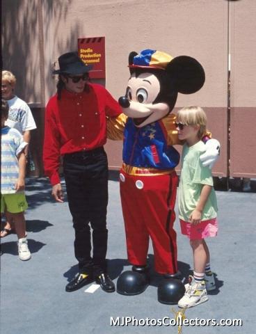 Michael e la Disney Med_ga16