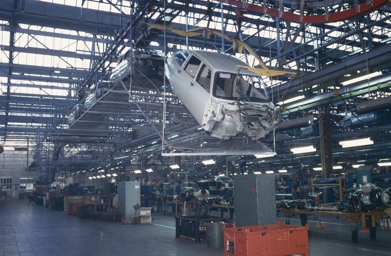 [GALERIE] Photos d'usine - Page 6 8728_c10