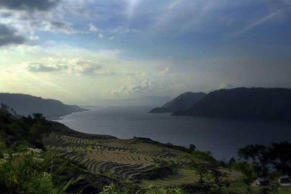 Lac Toba (Sumatra) Lac_to11