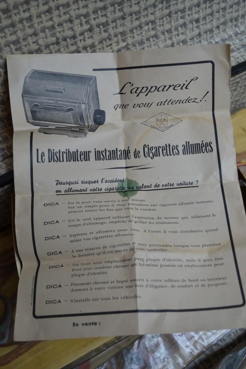 Distributeur de cigarettes allumées DICA / DICA Lighten up cigarettes distributor P_00910