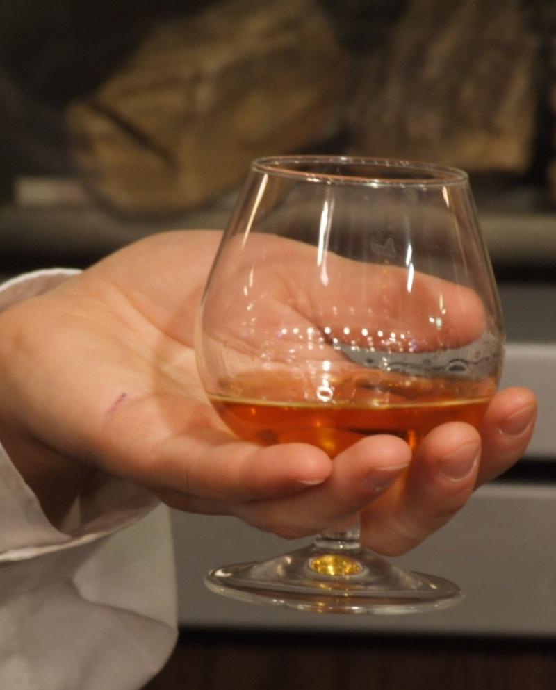 Cách nhận biết nhãn Rượu Martel10