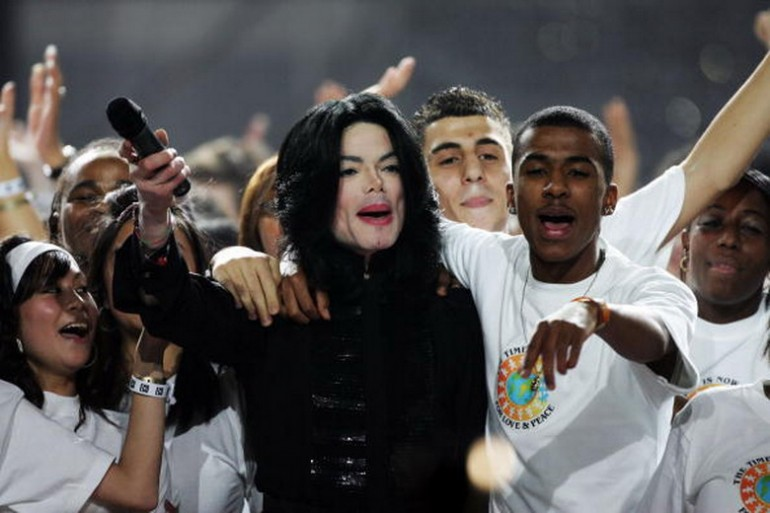 La canzone di Michael Jackson contro l'aborto Mj-77010