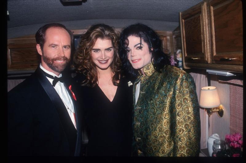 Tutte le donne di Michael Jackson - Pagina 2 Mikebr10