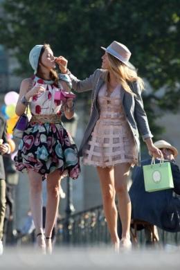 Outfits quarta stagione  - Pagina 4 Gossip11