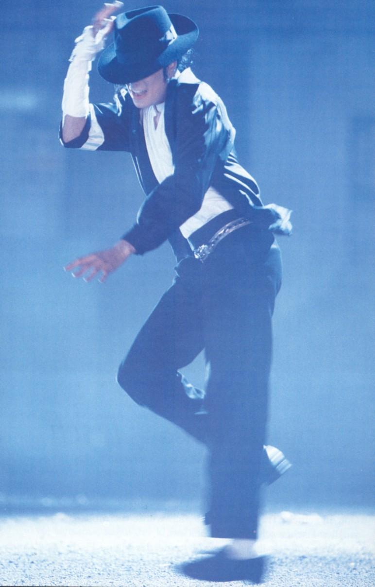 Photos Making of des clips de MJ ! - Page 2 027y10