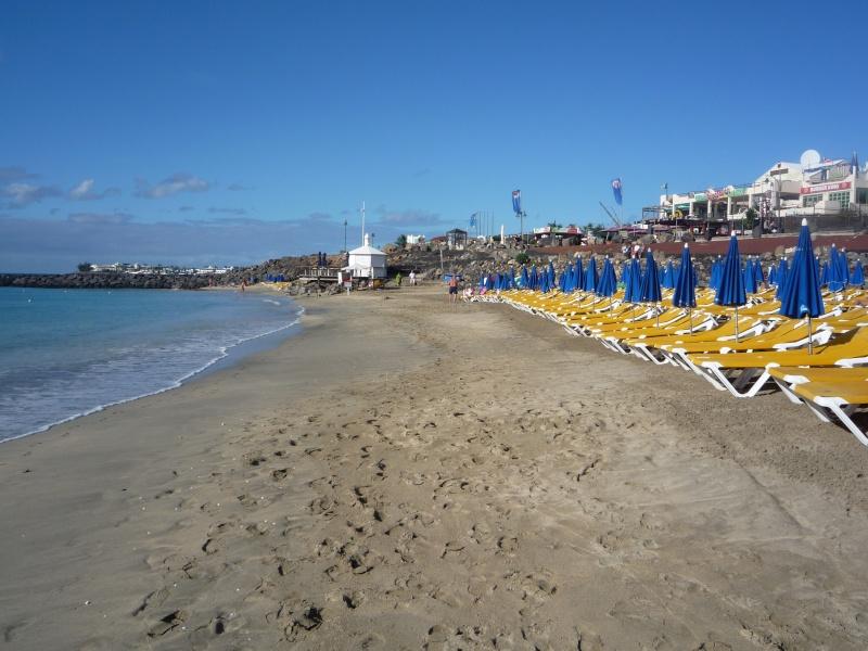Canary Islands, Lanzarote, Puerto de Carmen, Playa Blanca 05910