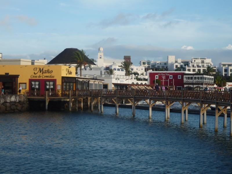 Canary Islands, Lanzarote, Puerto de Carmen, Playa Blanca 14010