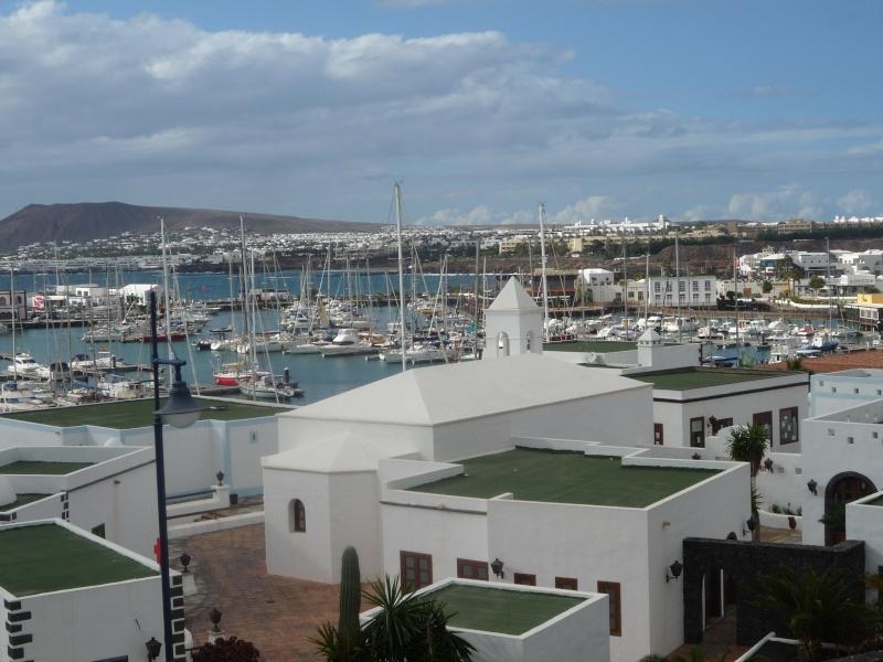 Canary Islands, Lanzarote, Puerto de Carmen, Playa Blanca 17310