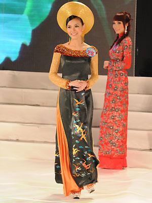 ===Nguyễn Thùy Lâm-Miss univesere Vietnam 2008=== 810