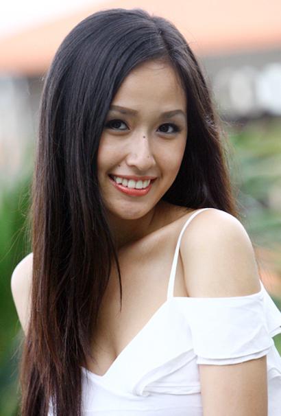 Hoa hậu Mai Phương Thúy duyên dáng ở Tuần Châu C8d210