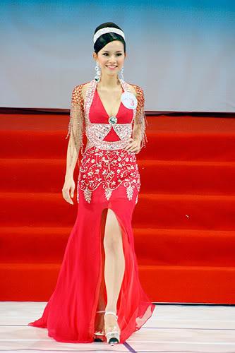===Nguyễn Thùy Lâm-Miss univesere Vietnam 2008=== Hhvn10