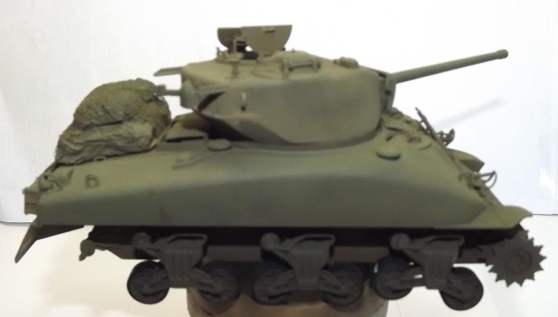 M4A1 italeri 1/35... Sher_110