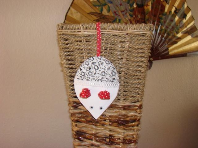 la souris parfumée faite en même temps que Lynette Dsc03010
