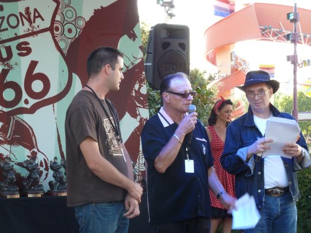 Appel !!! Festival Rock'N'Roll à Disney Village 2012 - Page 2 P1030911