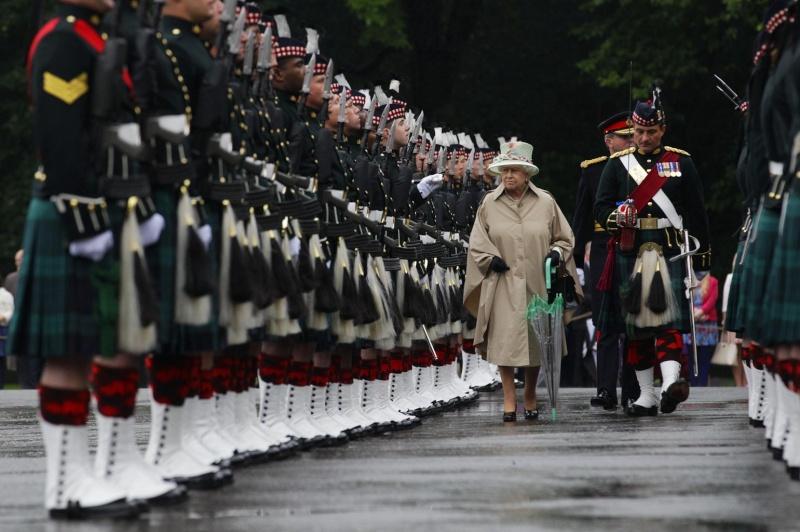 British Royal Family - Page 15 2012-277