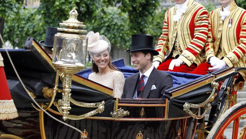 British Royal Family - Page 15 Diamon15