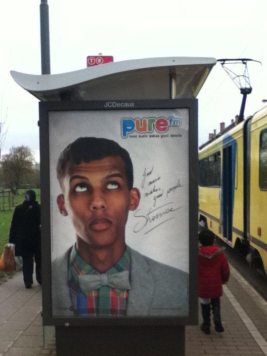 Arrêt de bus Bruxelles 16265910