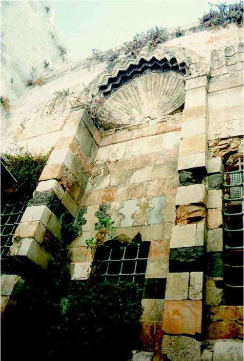 A TRAVERS LES RUELLES DE LA VIEILLES VILLE DE JERUSALEM La_mad10
