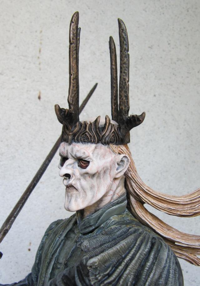 repaint statue weta sideshow bowen . Witch111