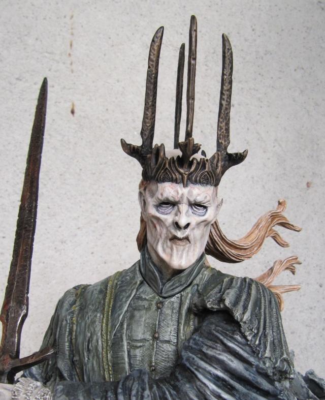repaint statue weta sideshow bowen . Witch113