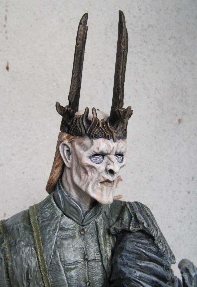 repaint statue weta sideshow bowen . Witch811