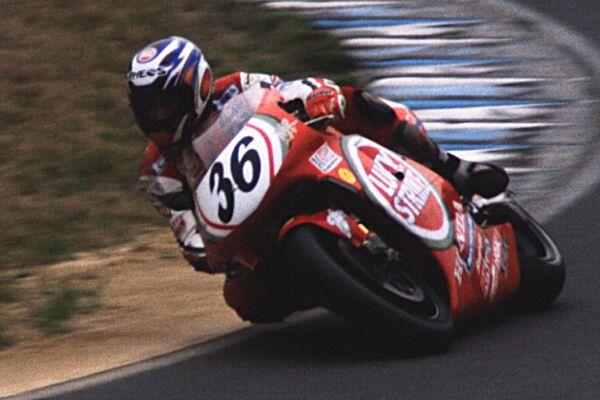 Honda NSR 500 Ito, grand prix du japon 1999[sans suite] 99022110
