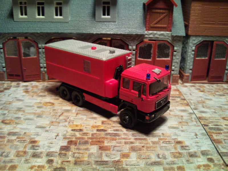 Fahrzeuge der Berliner Feuerwehr - Seite 2 Foto0011