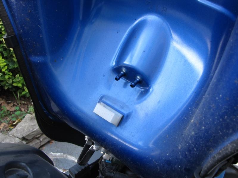 Nettoyage (ou changement ) du filtre à air en photos Img_0040