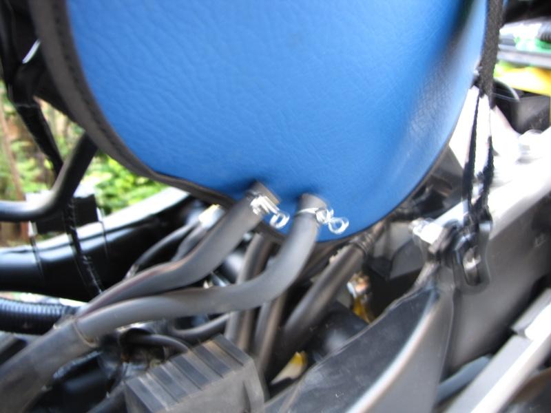Nettoyage (ou changement ) du filtre à air en photos Img_0041