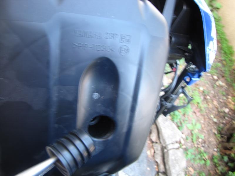 Nettoyage (ou changement ) du filtre à air en photos Img_0043