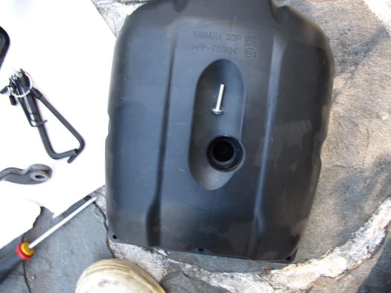 Nettoyage (ou changement ) du filtre à air en photos Img_0044