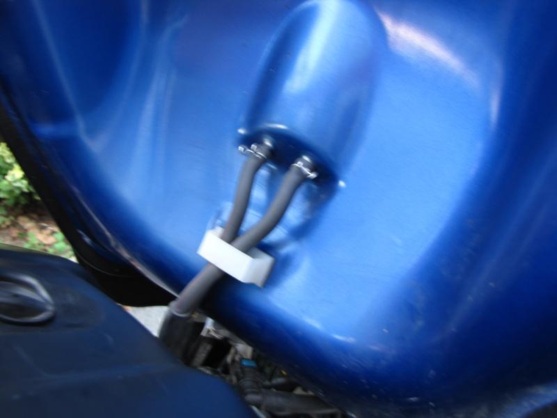 Nettoyage (ou changement ) du filtre à air en photos Img_0050