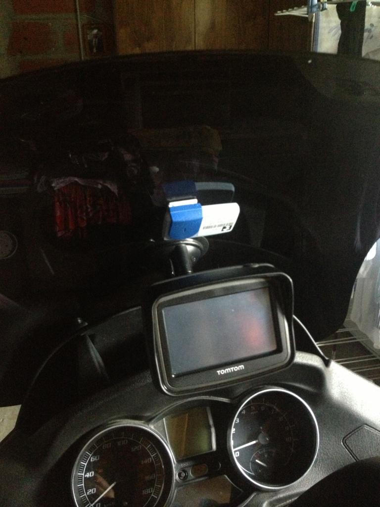 Badge de Télépéage et moto Img_2810