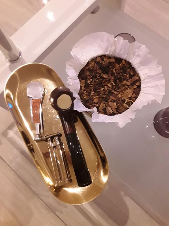 Petite astuce pour fumer sans trop s'encombrer 20181110