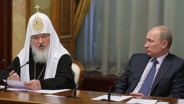 Benoit XVI appelle à l'éradiction du fondamentalisme Sabre_10