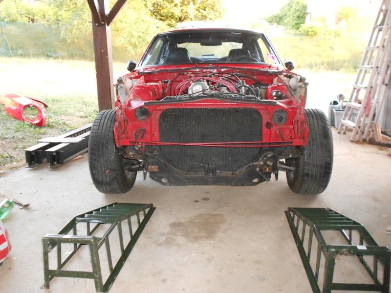 Datsun 260Z 2+2 rouge... présentation enfin!! Dscn0102
